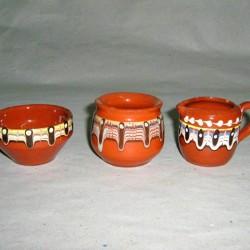 Сосиери от керамика от Троян