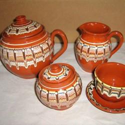 Керамичен сервиз за чай