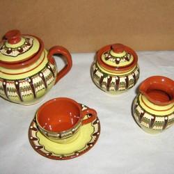 Керамичен сервиз за кафе